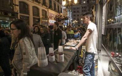Los bares de Zaragoza ya pueden solicitar barras en la calle para las Fiestas del Pilar