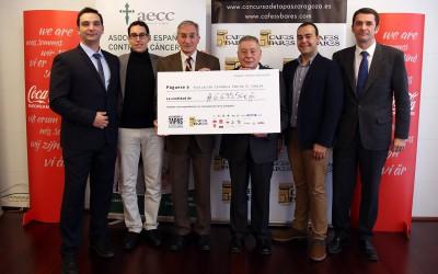 La Asociación de Cafés y Bares dona 6.635,50 euros para luchar contra el cáncer