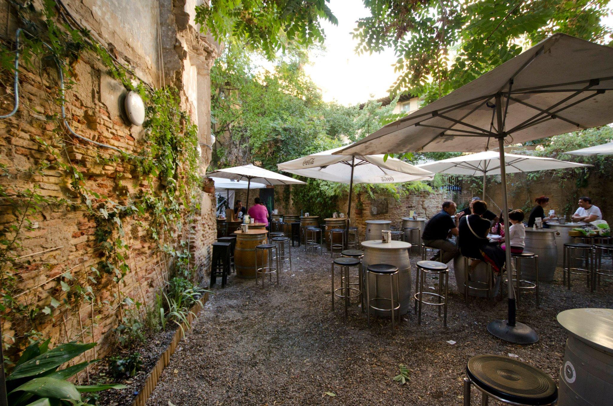 terrazas en zaragoza para disfrutar del verano caf s y
