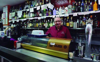 Bar La Gasca: Adiós a una vida tras la barra