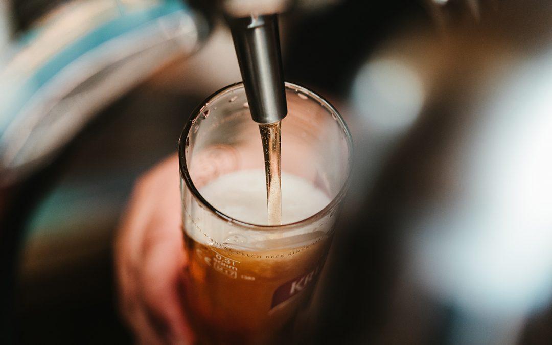 El Bar La Cebada participa en el Zaragoza Beer Festival con una cata de cervezas trapenses